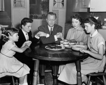 father_knows_best_thanksgiving_1954
